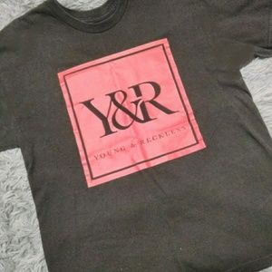 MEN'S SZ L YOUNG&RECKLESS GRAPHIC TEE!